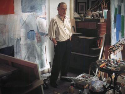Manuel Salinas en su estudio