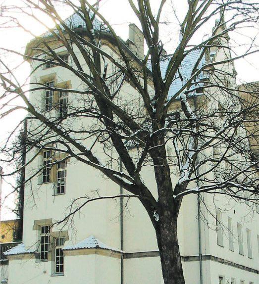 Edificio Hoffmann. Convertido en su casa y centro donde abrían sus talleres por temporada a artistas de todo el mundo. Foto ABCD de la Artes y las Letras. 2006